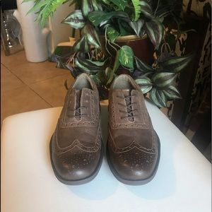 Dockers wingtip hybrid Oxford shoes size 10.5